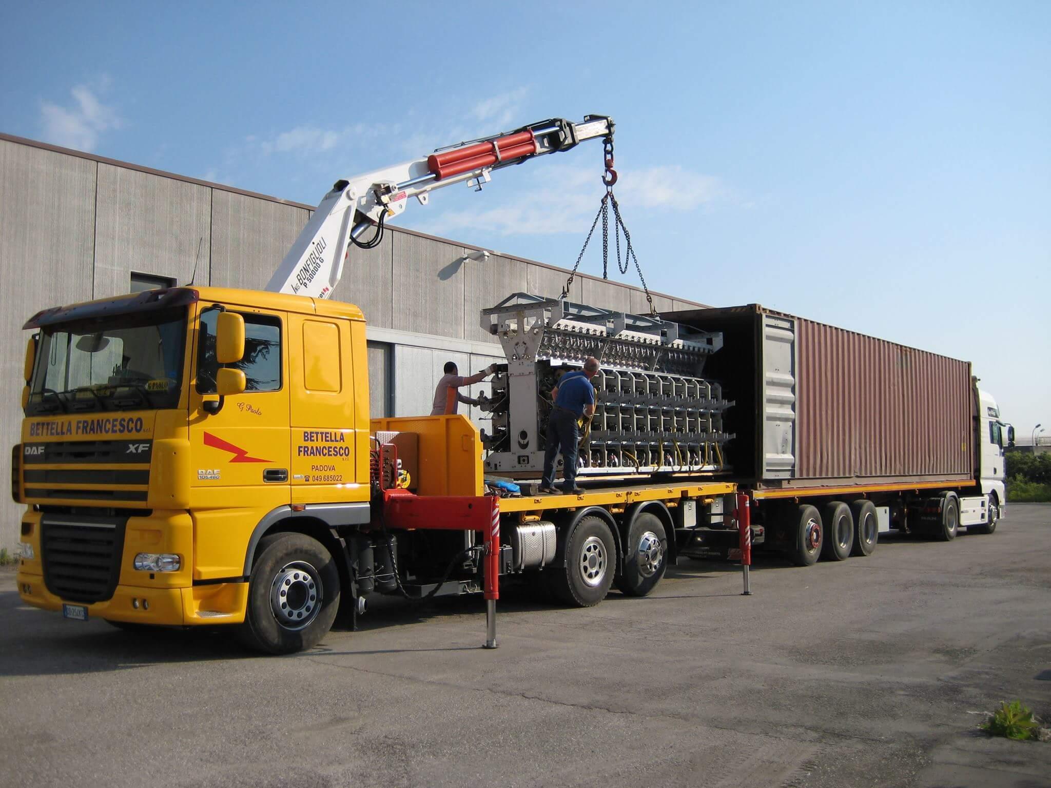 Fissaggio carico in container