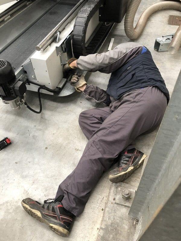 lavori di installazione macchinari