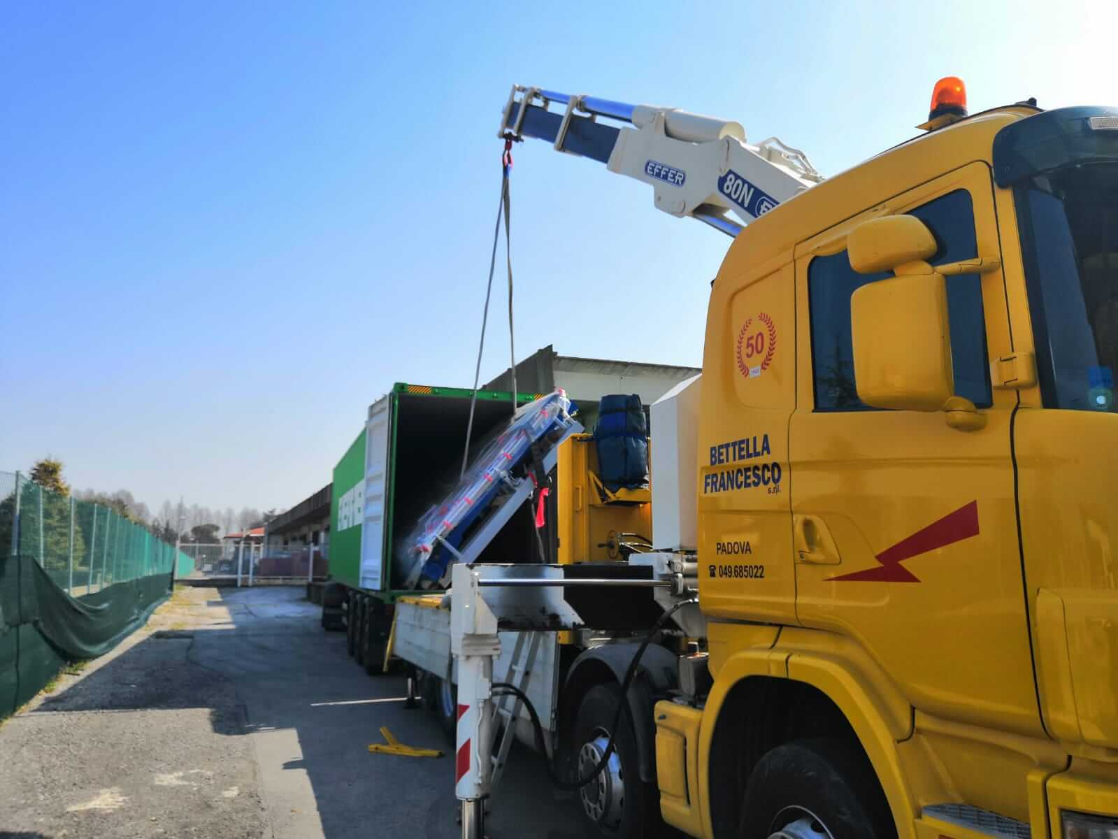 Fissaggio carichi container