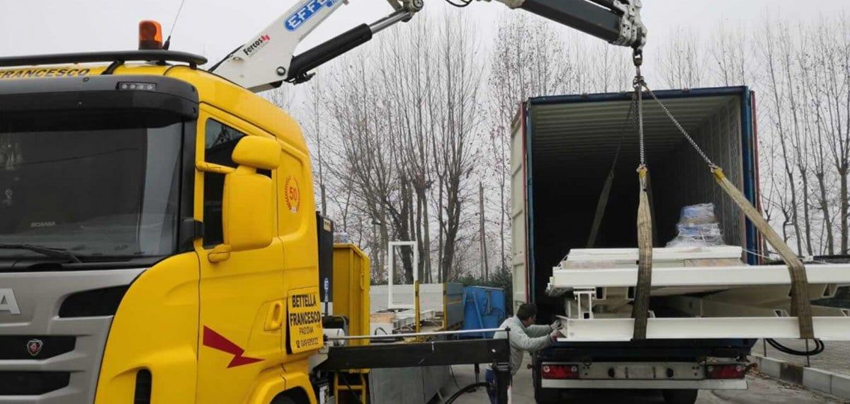 spostamento container